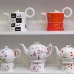"Kannen der Firma ""Tea Logic"" aus Fine-Bone-China-Porzellan"